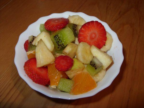 Ľahký ovocný šalát |
