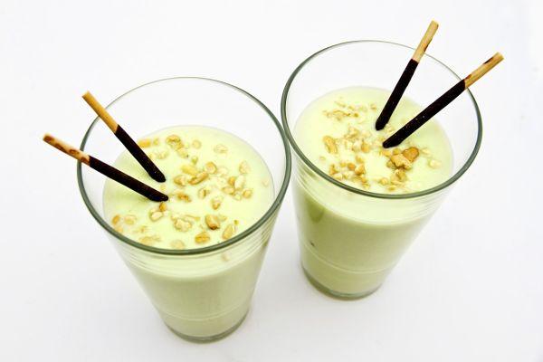Smoothie s avokádom a vanilkovým proteínom |