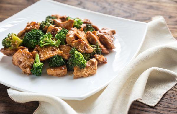 Kuracie soté s brokolicou |