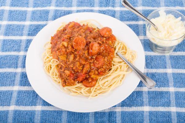 Špagety s hovädzím mäsom |