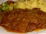 Hovädzie mäso v marináde s cibuľou/Hovězí maso v marinádě s cibulí