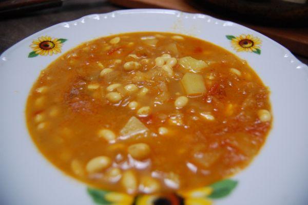 Krémová cícerová polievka |