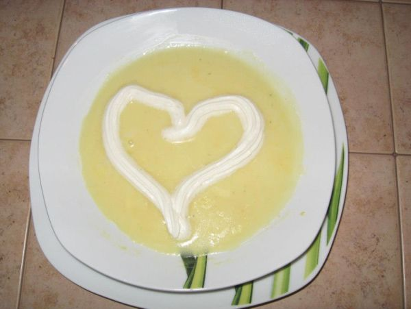 Krémová syrová polievka |