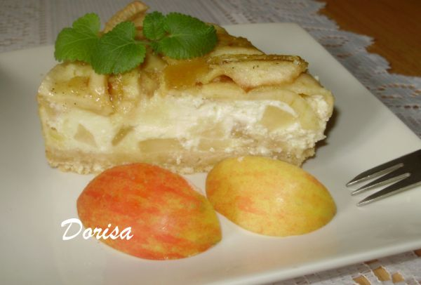 Tvarohovo-jablková tortička |