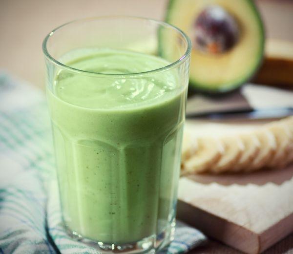 Zelené smoothie s mandľovým mliekom |