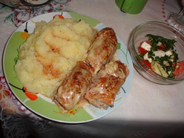 Bravčové mäsko so syrom a šunkou |