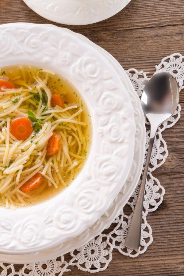 Domáca hovädzia polievka |