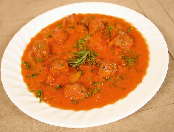 Klobásová polievka so zemiakmi |