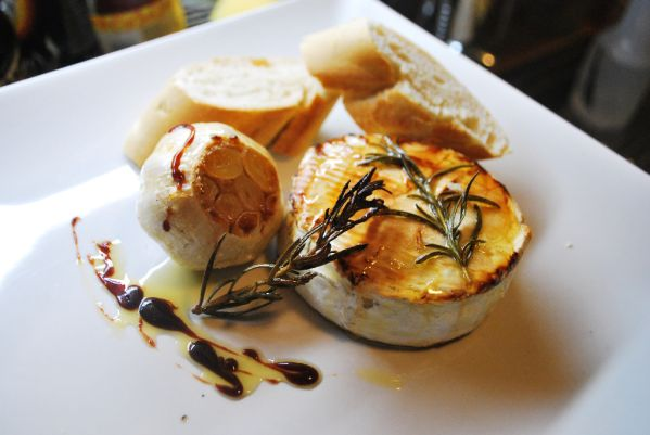 Medový camembert |