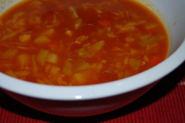 Kapustovo-paradajková hustá polievka  