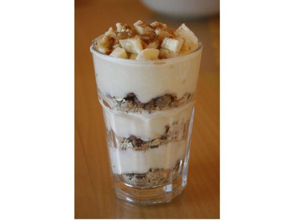 Jogurtový pohár s musli |