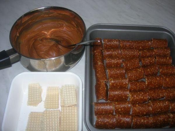 Karamelová plnka do cukroviniek z griláže |