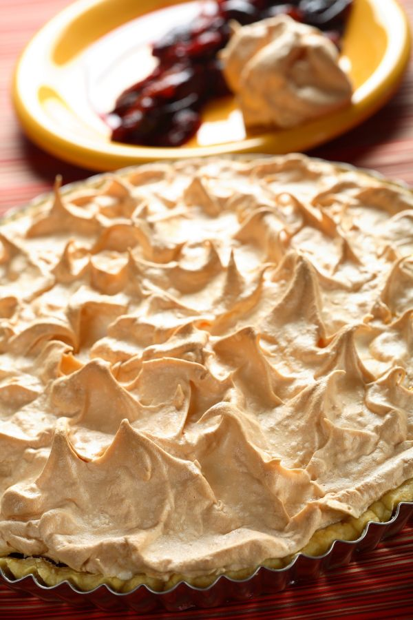 Slivkovo-citrónový koláč so snehom |