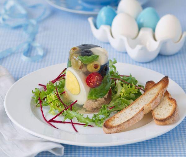Aspikové tortičky s tuniakom  