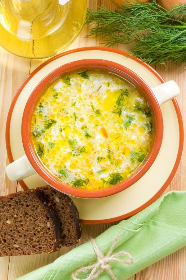 Kyslá fazuľová polievka s kôprom |