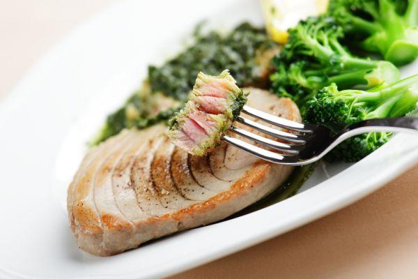 Tuniakový steak |